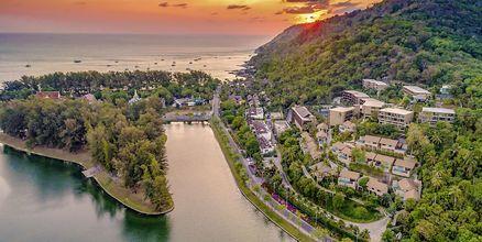 Hotellet Sunsuri Phuket i Nai Harn Beach