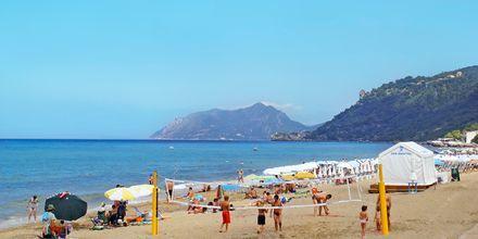 Stranda i nærheten av hotellet