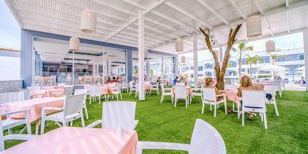 Restaurant på hotell Oceanis Park i Ixia på Rhodos, Hellas.