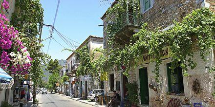En av de sjarmerende landsbyene på Peloponnes