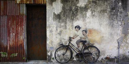 Gatekunsten i George Town, Penang bør du ikke gå glipp av. Skaff deg et street-art kart på hotellet.