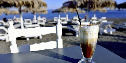 Frappé hører med på Hellas-ferien