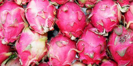 Den fargerike pitahaya-frukten