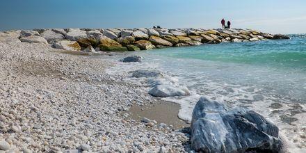 Marina di Pisa ligger en kort biltur unna med sine strender.