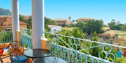 Utsikt fra balkongen – Poseidon i Agios Gordis på Korfu