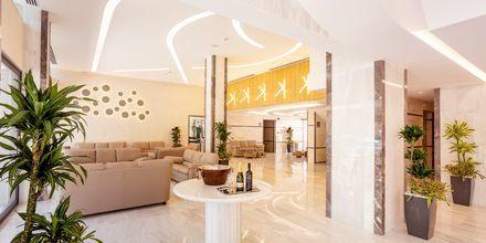 Lobbyen på hotell Rhodos Horizon City.