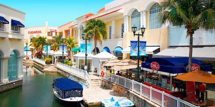 Hyggelig langs kanalen i Cancun