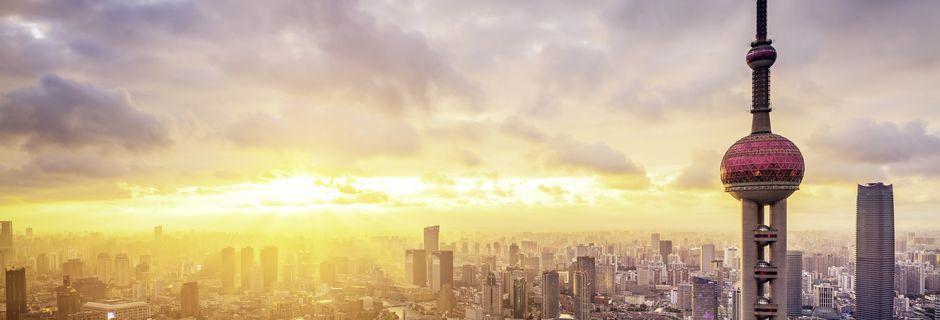 Shanghai er Kinas mest moderne by med et 20-talls millioner innbyggere.