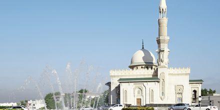 En av de 300 moskéene i Sharjah