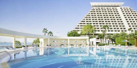 Basseng på hotellet