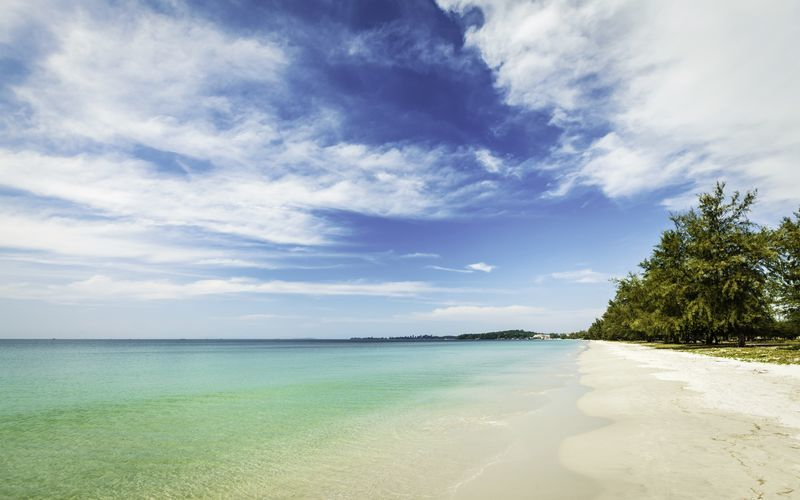 Paradisisk strand i Kambodsja