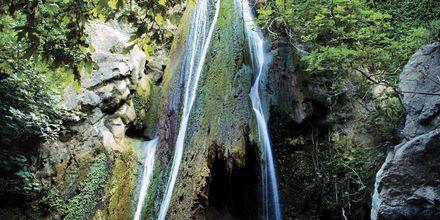 Fossefallet i Richtis Gorge, vest for Sitia