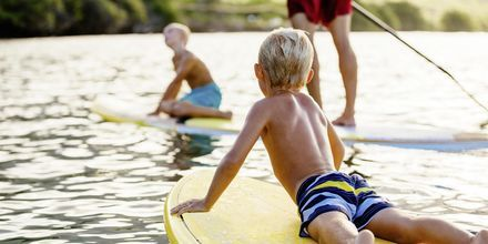 Stranden i Skala er barnevennlig og du kan velge blant flere aktiviteter
