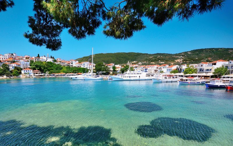 Skiathos by.