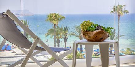 Familierom på hotell Stamatia i Ayia Napa, Kypros.
