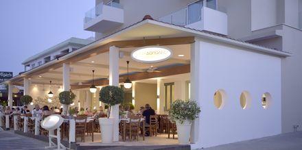 Den greske restauranten Kyklos ligger på hovedgaten ca. 15 minutters gange fra hotellet.