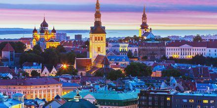 Tallinn, Estland om kvelden.
