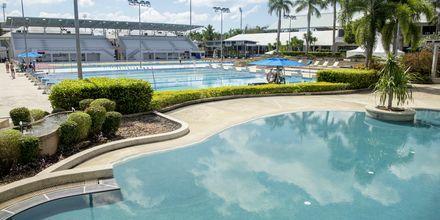 Ett av bassengene på Thanyapura Sport Hotel