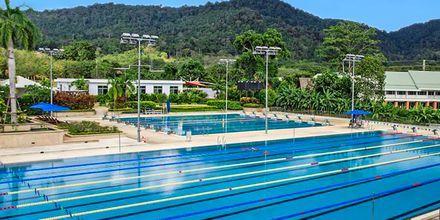 25-meters og 50-meters bassengene på hotellet