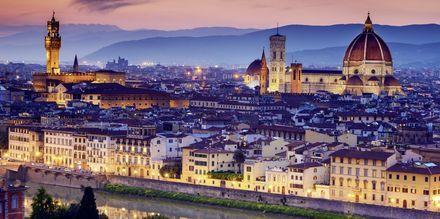 Vakre Firenze er en av de største byene i Toscana. Her ser du katedralen Santa Maria del Fiore.
