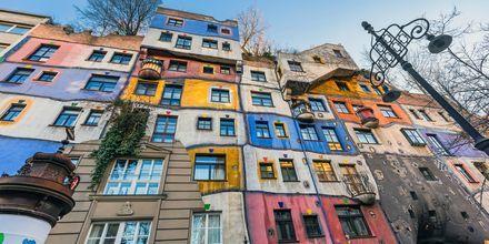 Bolighuset Hunderwasserhaus er en kjent severdighet i Wien.